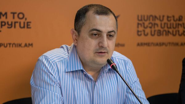 Карен Гилоян - Sputnik Արմենիա