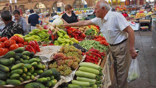 Армянский рынок. Архивное фото - Sputnik Армения