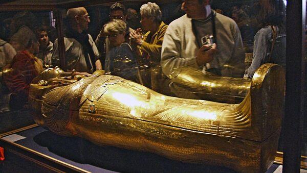 Золотой саркофаг Тутанхамона - Sputnik Армения