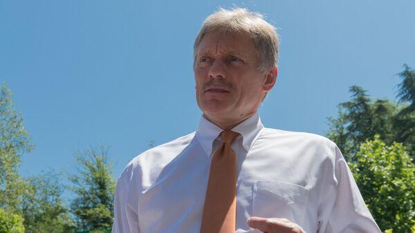Заместитель руководителя администрации президента РФ – пресс-секретарь президента РФ Дмитрий Песков  - Sputnik Армения