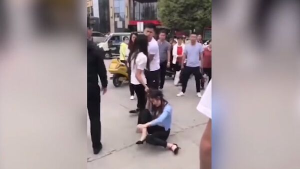 Китайский любовный треугольник - Sputnik Армения
