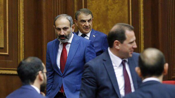 Внеочередное заседание Национального Собрания Армении (7 июня 2018). Еревaн - Sputnik Армения