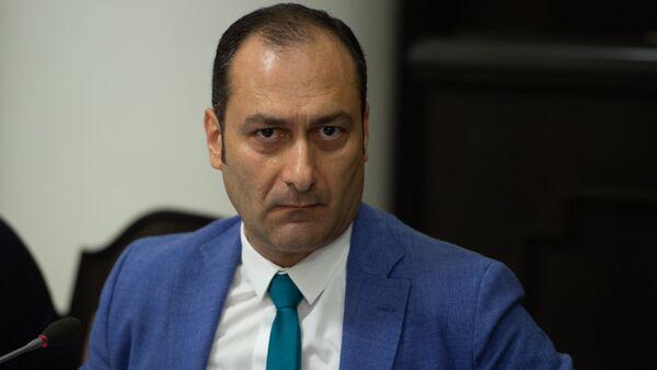 Министр юстиции Армении Артак Зейналян на заседании правительства (8 июня 2018). Еревaн - Sputnik Արմենիա