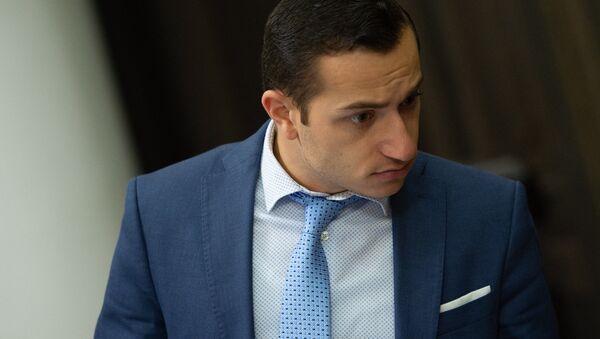 Министр диаспоры Армении Мхитар Айрапетян на заседании правительства (8 июня 2018). Еревaн - Sputnik Արմենիա