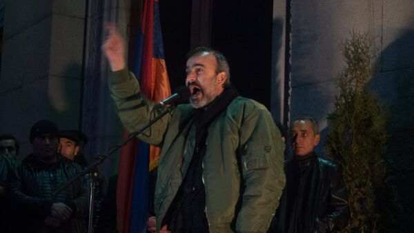 Митинг оппозиционного фронта «Новая Армения» проходит в Ереване. Жирайр Сефилян - Sputnik Армения
