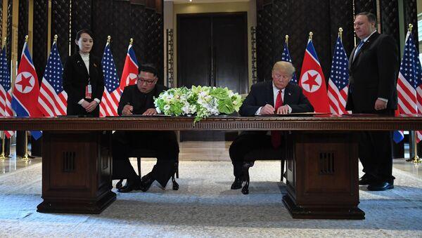 Встреча лидеров США Дональда Трампа и Северной Кореи Ким Чен Ына (12 июня 2018). Отель Capella, остров Сентоза, Сингапур - Sputnik Армения