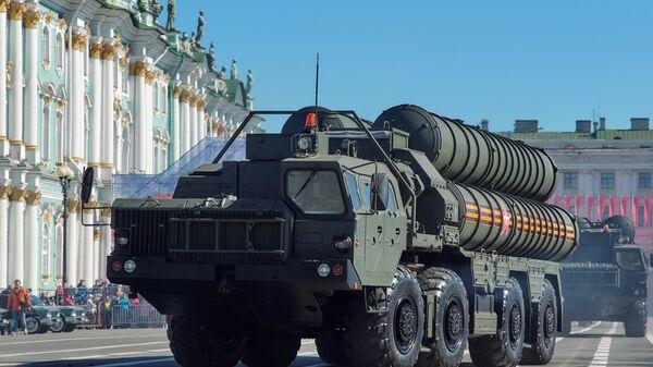 Зенитный ракетный комплекс С-400 Триумф - предшественник С-500. - Sputnik Армения
