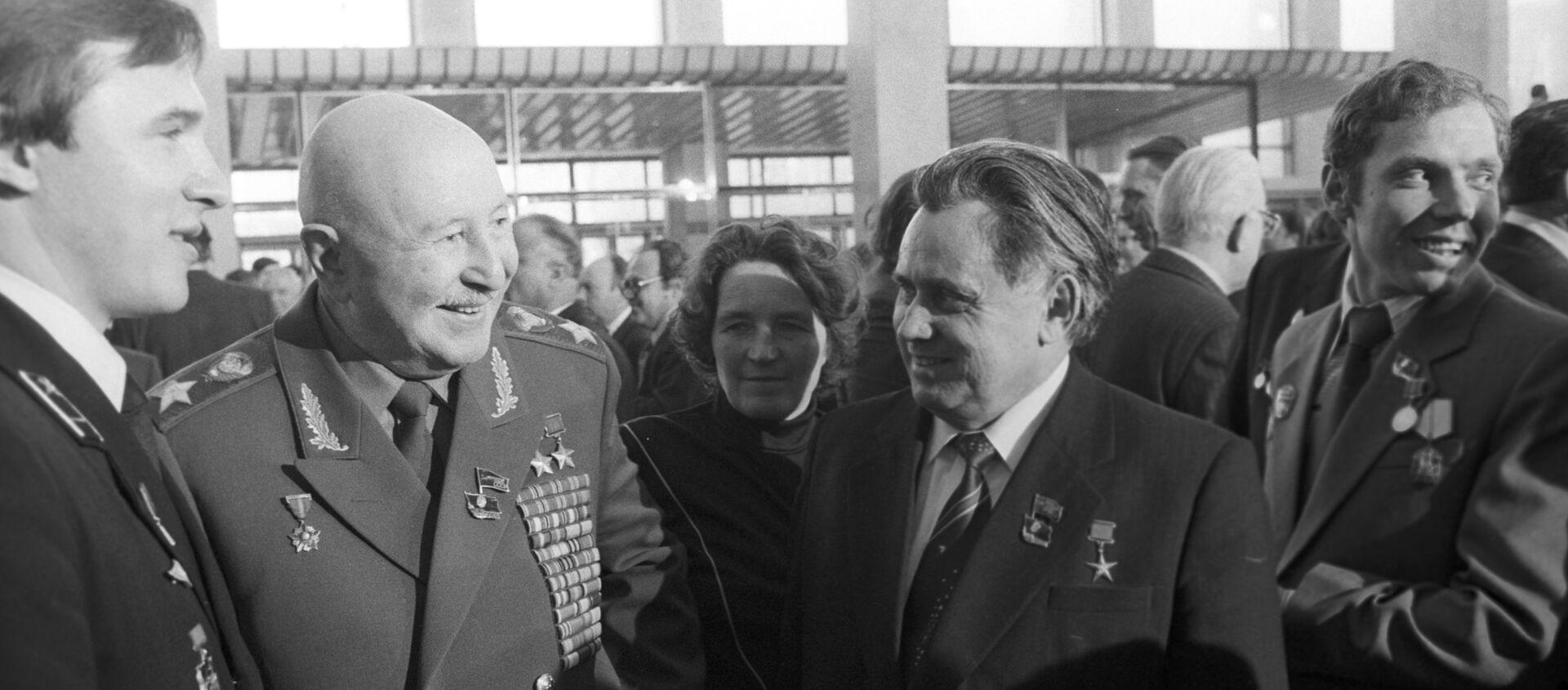 Маршал Иван Баграмян на XXVI съезде КПСС - Sputnik Արմենիա, 1920, 20.11.2016