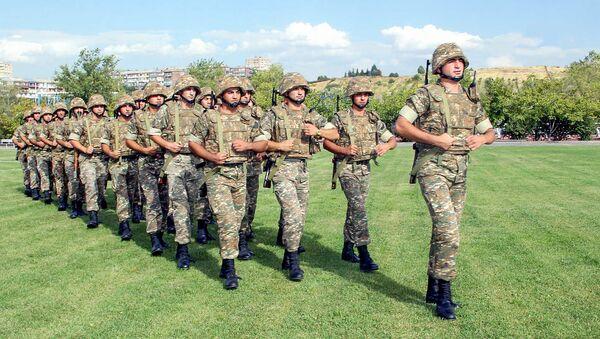Военнослужащие армянской армии - Sputnik Արմենիա