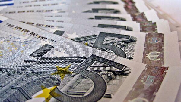 Банкноты в 5 евро - Sputnik Армения