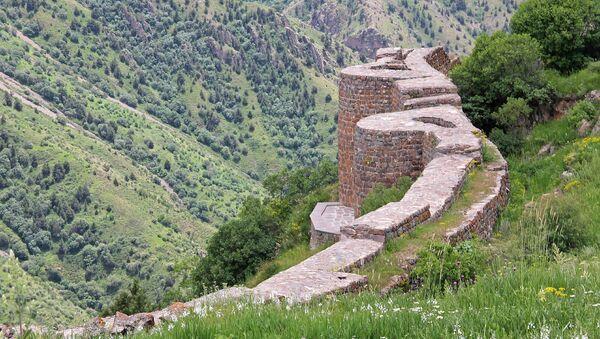 Смбатаберд, Вайоц Дзор - Sputnik Армения