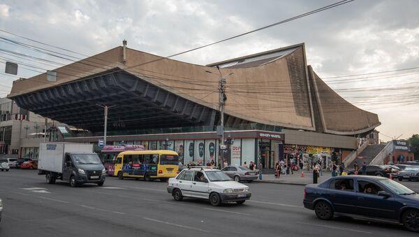 Здание кинотеатра Айрарат, Ереван - Sputnik Армения