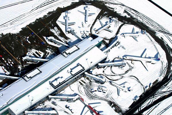 Բուֆֆալոյի միջազգային օդանավակայանը փակվել էր աննախադեպ առատ ձյան հետևանքով. 13 հոկտեմբերի 2006 թվական - Sputnik Արմենիա