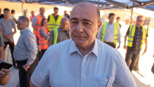 Мэр Гюмри Самвел Баласанян на презентации строительных работ автотрассы Север-Юг (18 июля 2018). Арагацотн - Sputnik Армения