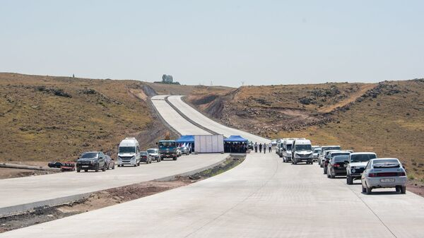 Презентация строительных работ автотрассы Север-Юг (18 июля 2018). Арагацотн - Sputnik Армения