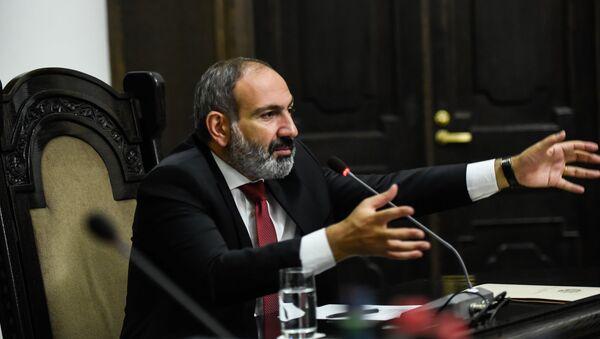 Пресс-конференция премьер-министра Армении Никола Пашиняна (20 июля 2018). Еревaн - Sputnik Արմենիա