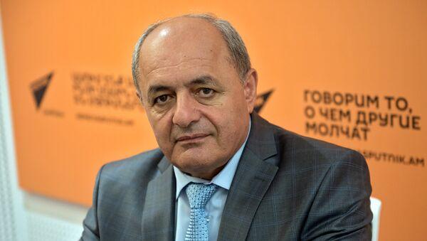 Заместитель министра сельского хозяйства Армении Гарник Петросян - Sputnik Արմենիա