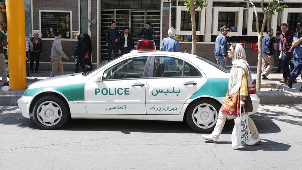 Полицейский автомобиль в Иране - Sputnik Армения