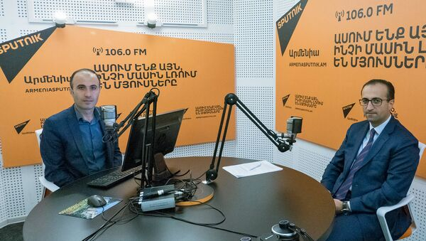 Министр здравоохранения Арсен Торосян в гостях радио Sputnik - Sputnik Արմենիա