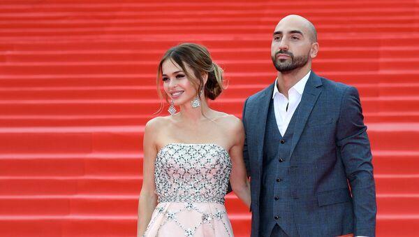 Актриса Анна Хилькевич и её супруг, бизнесмен Артур Волков - Sputnik Армения