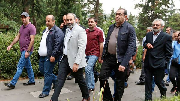 Рабочий визит премьер-министра Армении Никола Пашиняна в Тавушскую область (11 августа 2018) Иджеван - Sputnik Армения