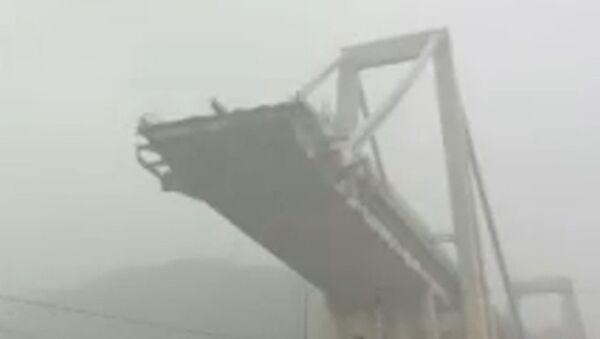 Обрушение моста в Генуе - Sputnik Армения