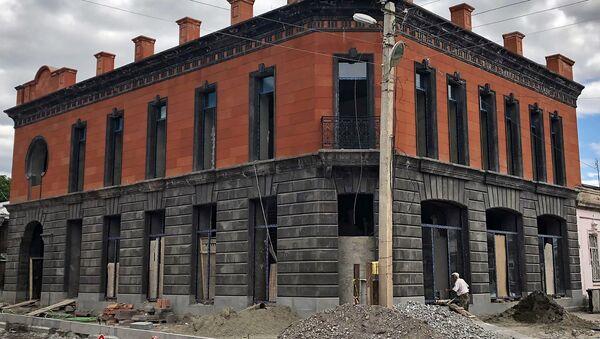 Здание бывшего ресторана Русалочка после ремонта станет Флоренцией, Гюмри - Sputnik Армения