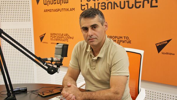 Художник, искусствовед Арутюн (Арчи) Галенц - Sputnik Армения