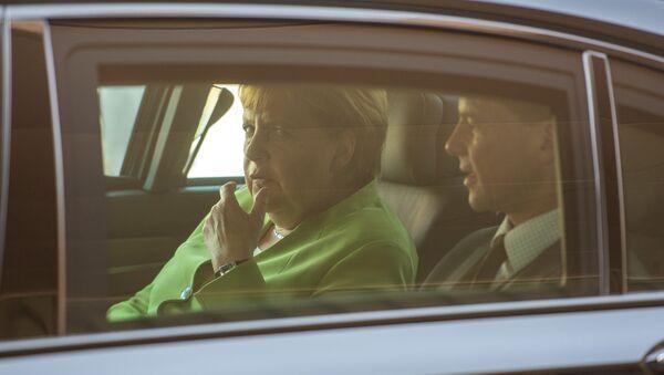 Канцлер Германии Ангела Меркель прибыла в Ереван (24 августа 2018). Аэропорт Звартноц - Sputnik Արմենիա