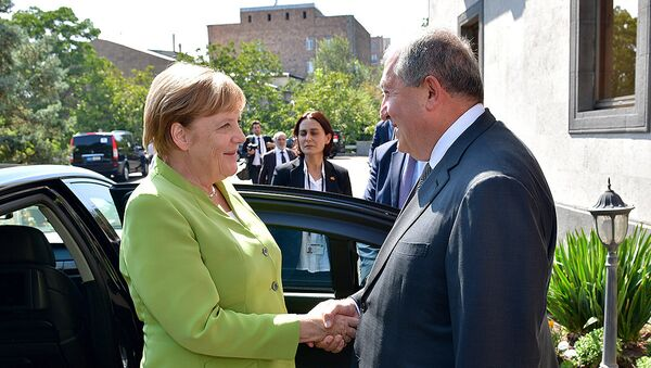 Встреча Президента Армении Армена Саркисяна и канцлера Германии Ангелы Меркель (24 августа 2018). Еревaн - Sputnik Армения