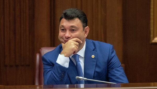 Вице-спикер Парламента Армении Эдуард Шармазанов на внеочередном заседании НС (28 августа 2018). Еревaн - Sputnik Արմենիա