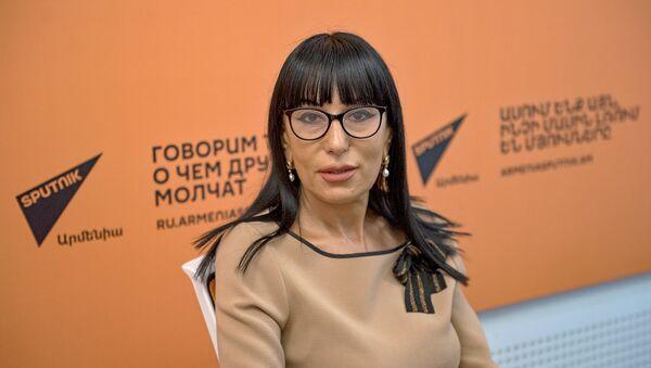 Наира Зограбян - Sputnik Արմենիա