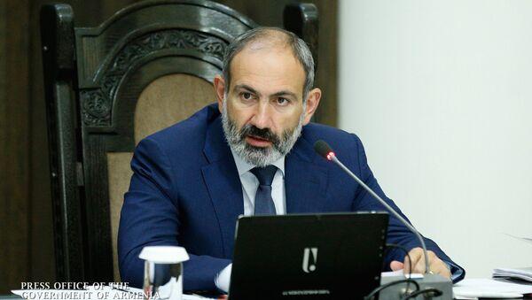 Очередное заседание правительства Республики Армения, которое вел премьер-министр Никол Пашинян - Sputnik Армения