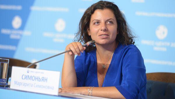 Главный редактор телеканала RT и МИА Россия сегодня Маргарита Симоньян во время видеоконференции с журналистами (12 июля 2018). Москвa - Sputnik Армения