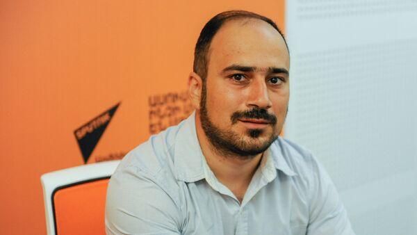 Микаел Бадалян - Sputnik Արմենիա