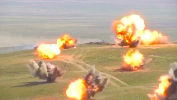 Маневры танкистов и мотострелков на учениях Восток-2018 - Sputnik Армения