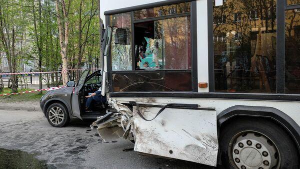 ДТП с автобусом - Sputnik Армения