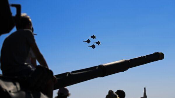 Истребители Су-30СМ пилотажной группы Русские Витязи - Sputnik Армения