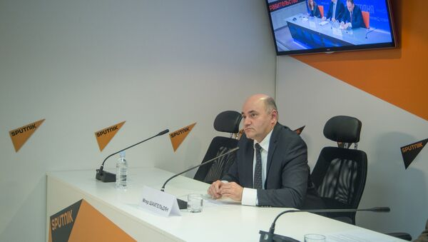 Мгер Шахгельдян, Алексей Мартынов и Александр Гусев - Sputnik Армения