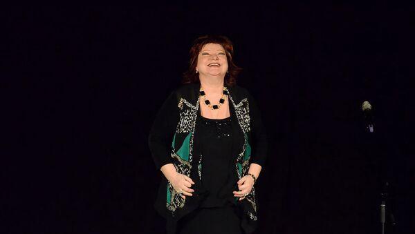 Вечер юмора Евгения Петросяна и Елены Степаненко (9 марта 2014). Москвa - Sputnik Армения