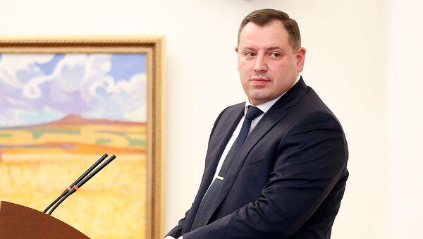 Речь главы СКА Айка Григоряна на праздничном заседании, посвященном дню работника следственного комитета (8 октября 2018). Еревaн - Sputnik Армения