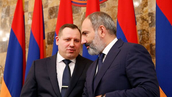 Премьер-министр Армении Никол Пашинян принял участие на праздничном заседании, посвященном дню работника следственного комитета (8 октября 2018). Еревaн - Sputnik Արմենիա