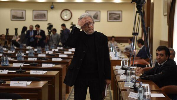 Главный архитектор Еревана Артур Месчян в мэрии (29 октября 2018). Еревaн - Sputnik Армения