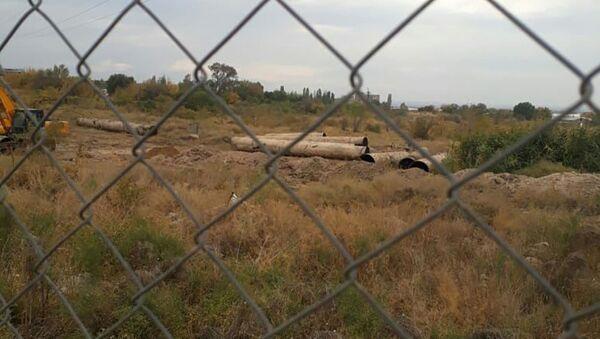 Демонтаж трубопровода на заводе Наирит - Sputnik Արմենիա