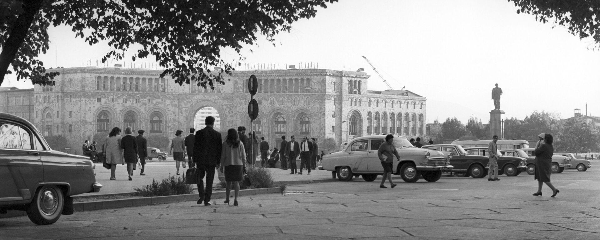 Площадь Ленина в Ереване - Sputnik Արմենիա, 1920, 07.05.2021