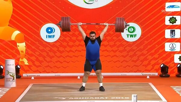 Гор Минасян на Чемпионате мира по тяжелой атлетике 2018 (10 ноября 2018). Ашхабад - Sputnik Արմենիա