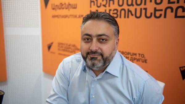 Виктор Мнацаканян - Sputnik Արմենիա