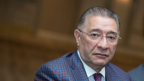 Зампред финансово-банковской ассоциации Евро-Азиатской кооперации Самвел Чзмачян - Sputnik Արմենիա