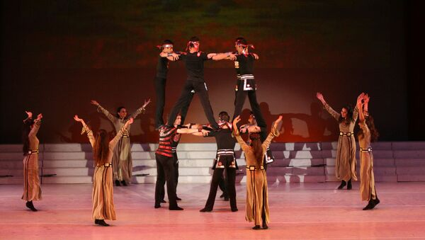 Армянский боевой танец - Sputnik Արմենիա