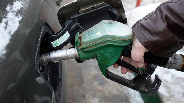 Цены на бензин в Казани снижены - Sputnik Армения